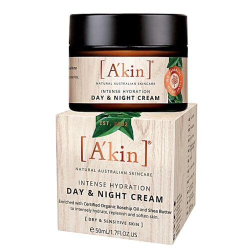 hydrating vegan day and night cream
