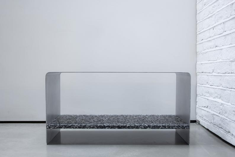 Aluminium and recycled plastic table